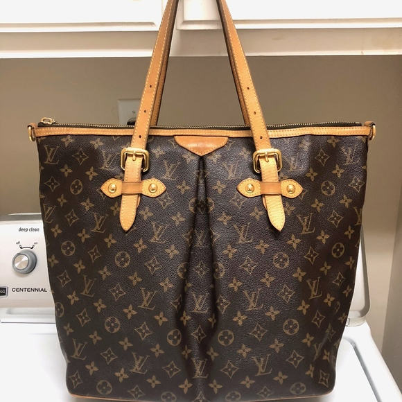 0a70d9db3cb3 Louis Vuitton Handbags - LOUIS VUITTON WOMEN MONOGRAM PALERMO GM SATCHEL